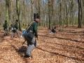 Vorrücken im Wald